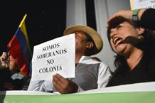PROTESTAS ANTE LA EMEBAJA DE REINO UNIDO EN QUITO, ECUADOR
