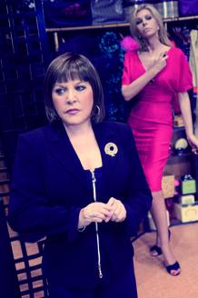 Manuela no soporta la más mínima crítica a su personalidad por parte de Marta