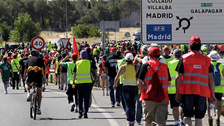 La 'Marcha Negra' llega a la Comunidad de Madrid y avanza hacia la capital