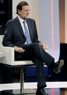 """El presidente del Gobierno no ha querido referirse a si tiene ya decidido la petición de rescate económico a la Unión Europea, aduciendo que hay que tener """"prudencia""""."""