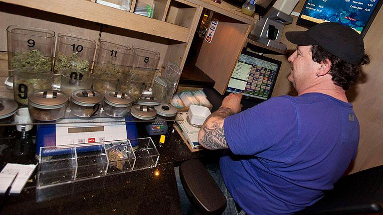 Marihuana, sólo para residentes