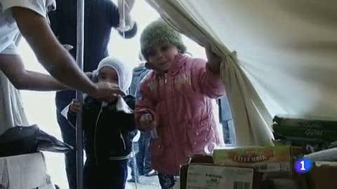 Ver vídeo  'Más de 10.000 sirios sobreviven en campos de refugiados en Turquía'