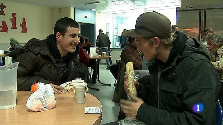 Más de 30.000 personas sin hogar buscan cobijo contra el frío