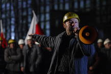 Más de 7.000 extras intervienen en Popieluszko