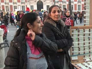 Ver vídeo  'Más Gente - Diccionario de la Lotería de Navidad 2011'