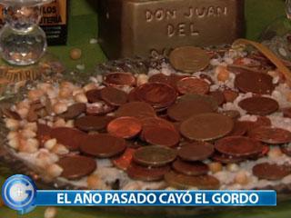Ver vídeo  'Más Gente - Una medium afirma que atrae la suerte para la Lotería de Navidad 2011'