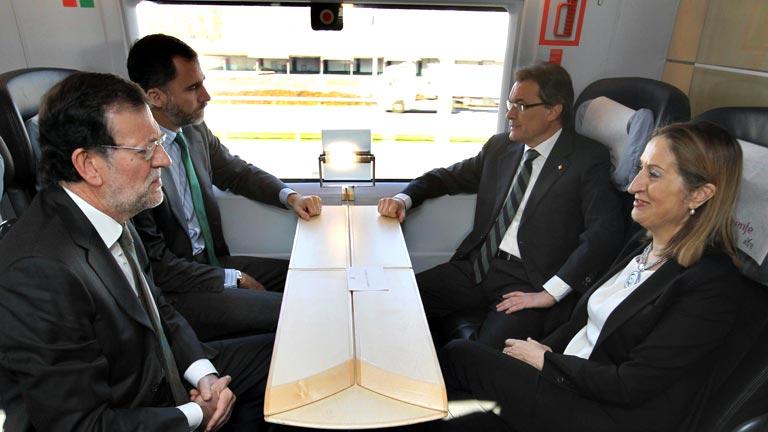 Reivindicaciones de Mas frente al mensaje de unidad de Rajoy