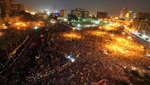 Ver vídeo  'Masiva manifestación en Tahrir contra la Junta Militar'