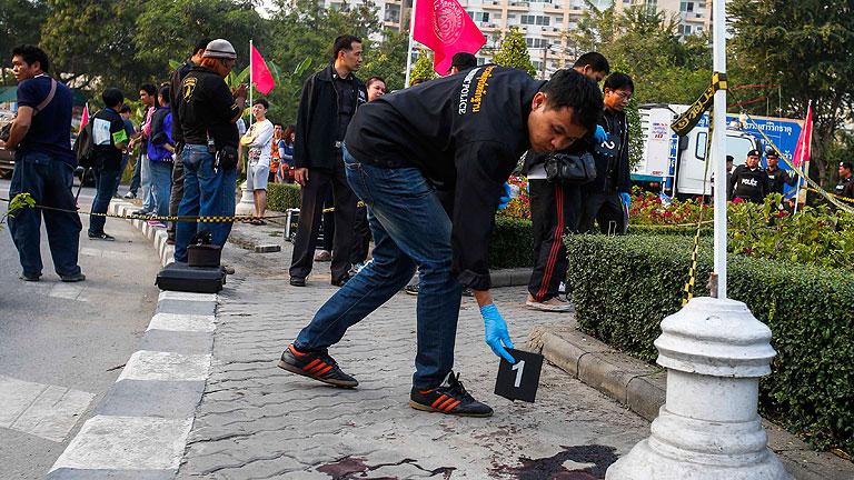 Matan a un líder opositor en las protestas para bloquear las elecciones en Tailandia