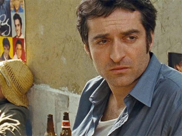 Mathieu Demy dirige y protagoniza 'Americano', una película que aborda el tema de los orígenes.