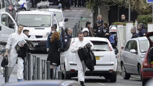 Ver vídeo  'Máximo nivel de alerta antiterrorista en la región de Toulouse'