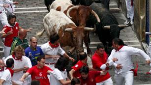 Ver vídeo  'Los mejores momentos del quinto encierro de San Fermín 2012, de Fuente Ymbro'