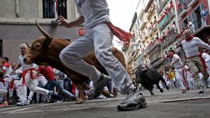 Ver vídeo  'Los mejores momentos del último encierro de San Fermín 2012'
