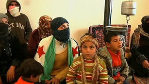 Ver vídeo  'Al menos 30.000 personas han abandonado Siria, según ACNUR'