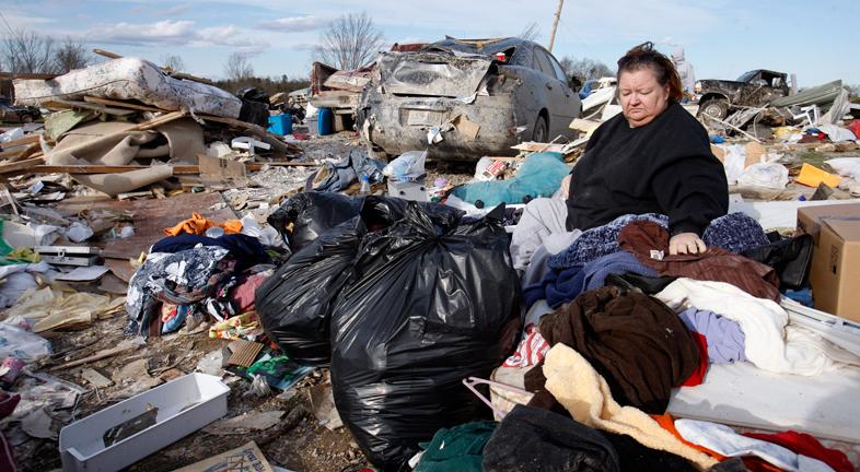 Al menos 37 muertos por los tornados en EE.UU.