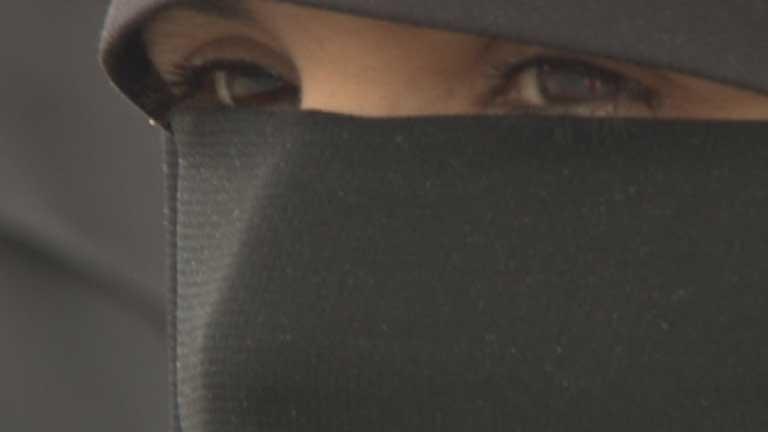 Cada día menos libertades para las mujeres de Túnez