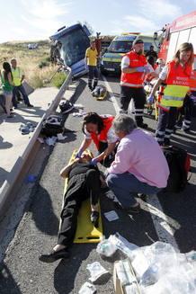 Al menos nueve personas han fallecido en un accidente de autobús de línea en Ávila