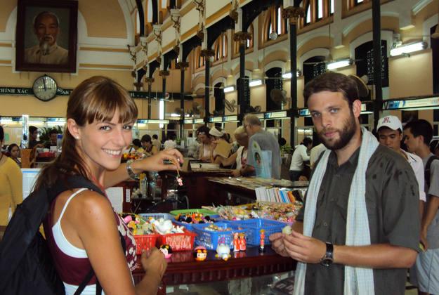 En el mercado ruso de Phnom Penh - Buscamundos