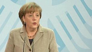"Ver vídeo  'Merkel asegura que Wulff ha actuado ""de forma correcta""'"