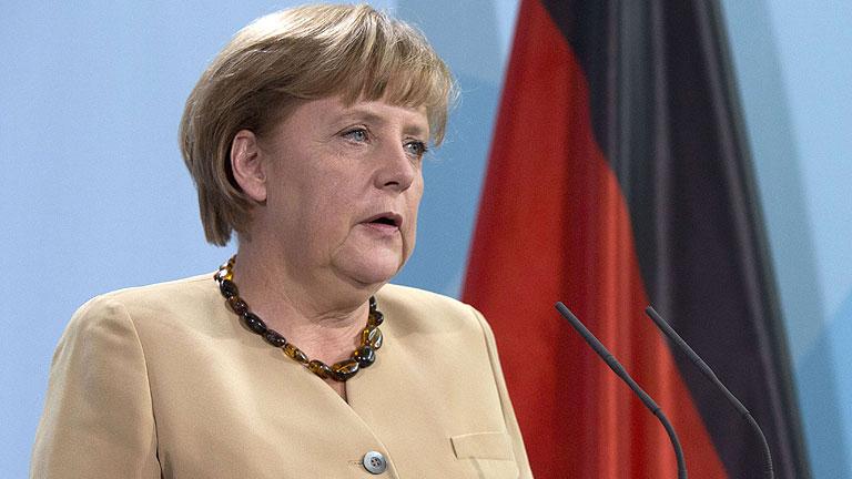 Merkel exige un nuevo tratado con mayor integración para la UE, según 'Der Spiegel'