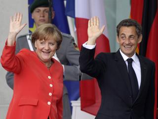 Ver vídeo  'Merkel y Sarkozy se ponen de acuerdo para el segundo rescate de Grecia'