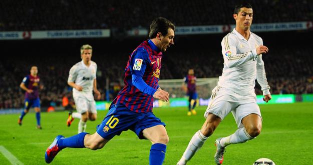 Messi y Cristiano Ronaldo, durante la Supercopa de 2011.