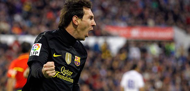 Messi celebra su doblete en Zaragoza.