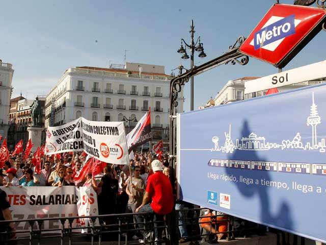 Ver v?deo  'Metro de Madrid cierra sus estaciones por la huelga'
