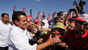 Ver vídeo  'Los mexicanos votan hoy un presidente y más de 2.000 cargos públicos'