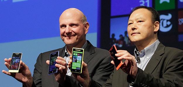 HTC y Microsoft presentan dos nuevos móviles con Windows Phone 8