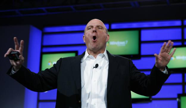 El consejero delegado de Microsoft, Steve Ballmer, durante una de las presentaciones de su compañía (Archivo)