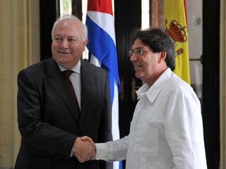 Ver v?deo  'Miguel Ángel Moratinos confía que su visita a Cuba será positiva y exitosa'