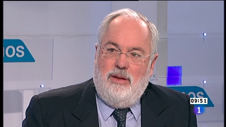 Los desayunos de TVE - Miguel Arias Ca&ntilde;ete, Ministro de Agricultura, Alimentaci&oacute;n y Pesca