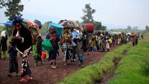 Ver vídeo  'Miles de personas huyen de los combates en Congo'