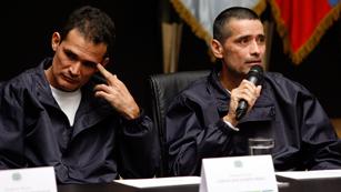 """Ver vídeo  'Militares y policías liberados por las FARC: """"La guerrilla está debilitada pero no derrotada""""'"""