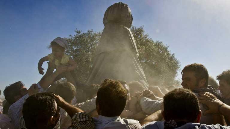 Se prevé que un millón de personas participen este año en El Rocío