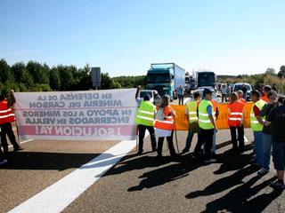 Ver v?deo  'Mineros de León y Palencia protestan por el impago de sus nóminas'