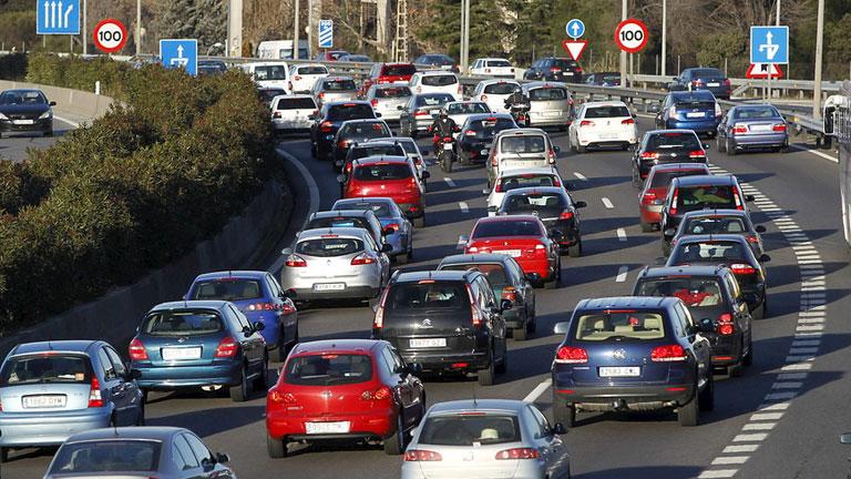 La mañana - 2013, el año con menos muertes de la historia en las carreteras