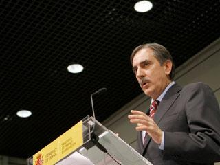 Ver v?deo  'El ministro de Trabajo hace balance de los primeros seis meses de aplicación de la reforma laboral'