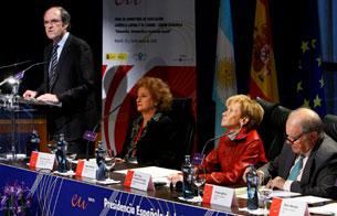 Ver v?deo  'Ministros de Educación de Europa y de Latinoamérica se reúnen en Madrid'