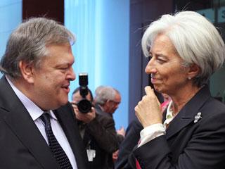 Ver vídeo  'Los ministros de la zona euro preparan el Consejo Europeo que debe ampliar el fondo de rescates'