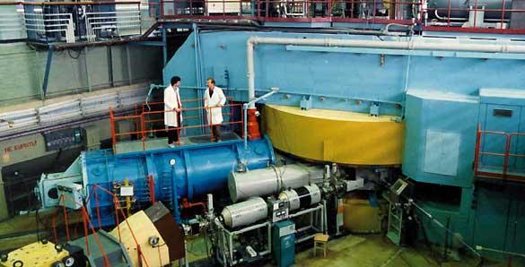 El ciclotrón de Dubna donde se sintetizaron los nuevos elementos