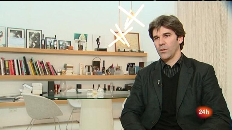 Cámara abierta 2.0 - Diseñadores de moda y la venta online; Juanjo Puigcorbé en 1minuto.COM; el blog Lo mejor de los 80's - 17/03/12