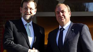 Ver vídeo  'Monago pide a Rajoy el AVE y un plan especial para las comunidades con más paro'