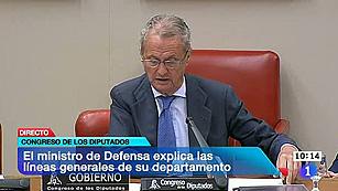 """Ver vídeo  'Morenés, preocupado por la """"alarmante"""" disminución de presupuesto en Defensa'"""