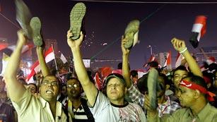 """Ver vídeo  'Morsi apela a su """"legitimidad"""" democrática y subraya que seguirá al frente del Gobierno'"""