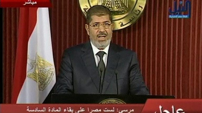 Morsi invita a la oposición a un diálogo nacional