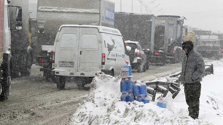 Cae en Moscú la mayor nevada de los 50 años