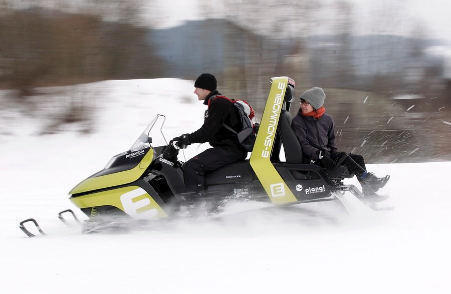 Motos de nieve eléctricas