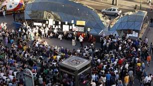 Ver vídeo  'El movimiento 15M sigue conmemorando su primer aniversario'